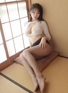 模范学院性感女神李可可肉丝美腿足控诱人美胸外露私房照