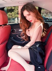 艾小青美腿真空户外[御女郎DKGirl]艾小青丰乳翘臀美女写真集