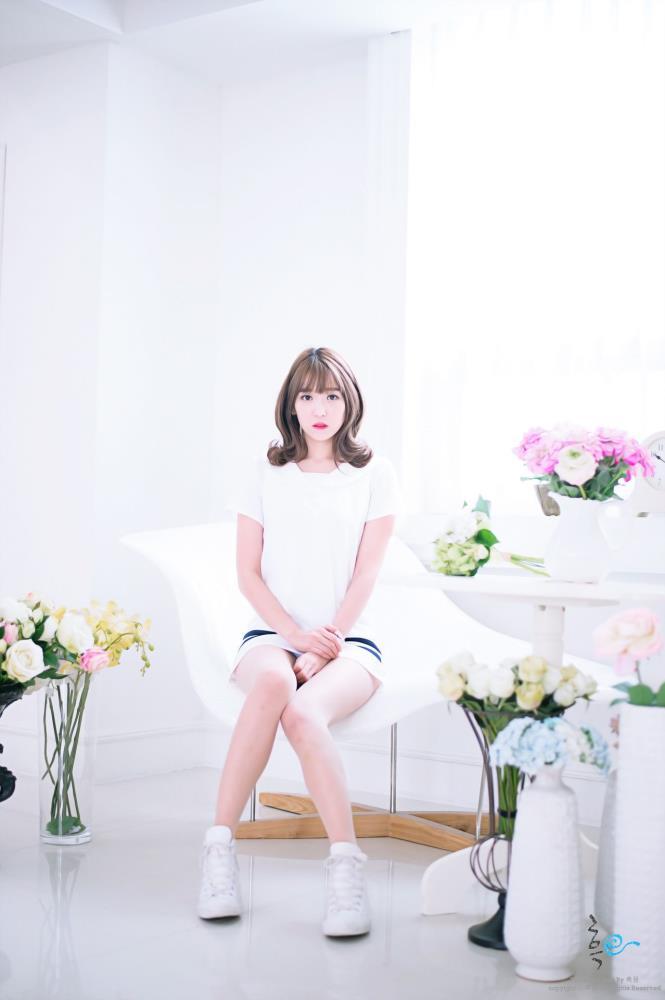 网络清纯美女李恩慧超短裙超高清套图系列合集