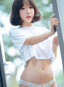 韩国美女模特姜仁卿清纯性感蕾丝美女花漾无圣光写真集