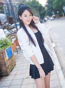 爱蜜社女神王曼妮街拍系列网络红人清纯女神时尚性感写真集