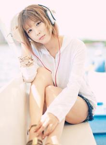 韩国美女许允美小清新女神短发少女唯美户外写真集
