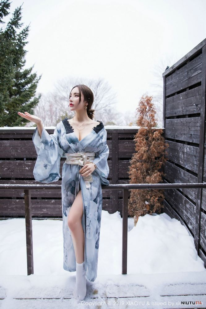 周于希Sandy性感美女无圣光内衣诱惑[语画界XIAOYU] Vol.007写真集