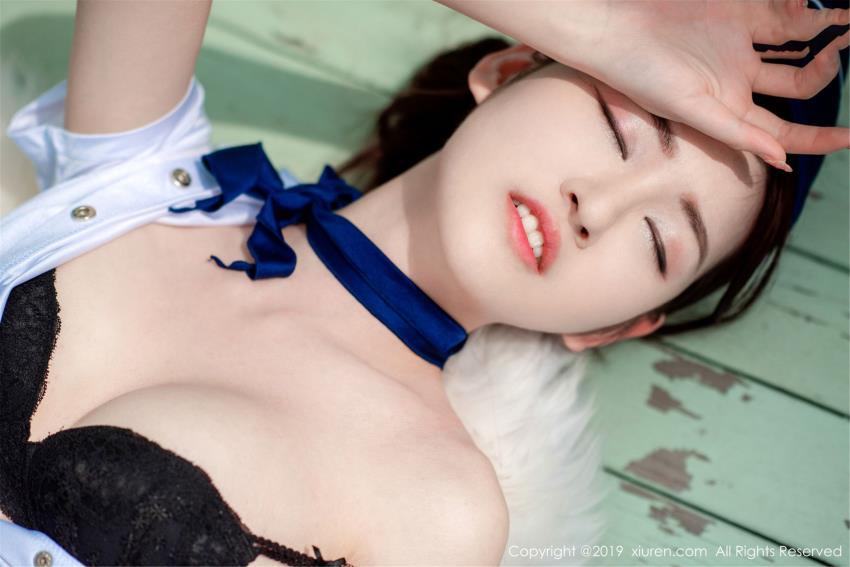 上海模特沈梦瑶空姐制服_草莓内衣诱惑_秀人网沈梦瑶性感大尺度写真集