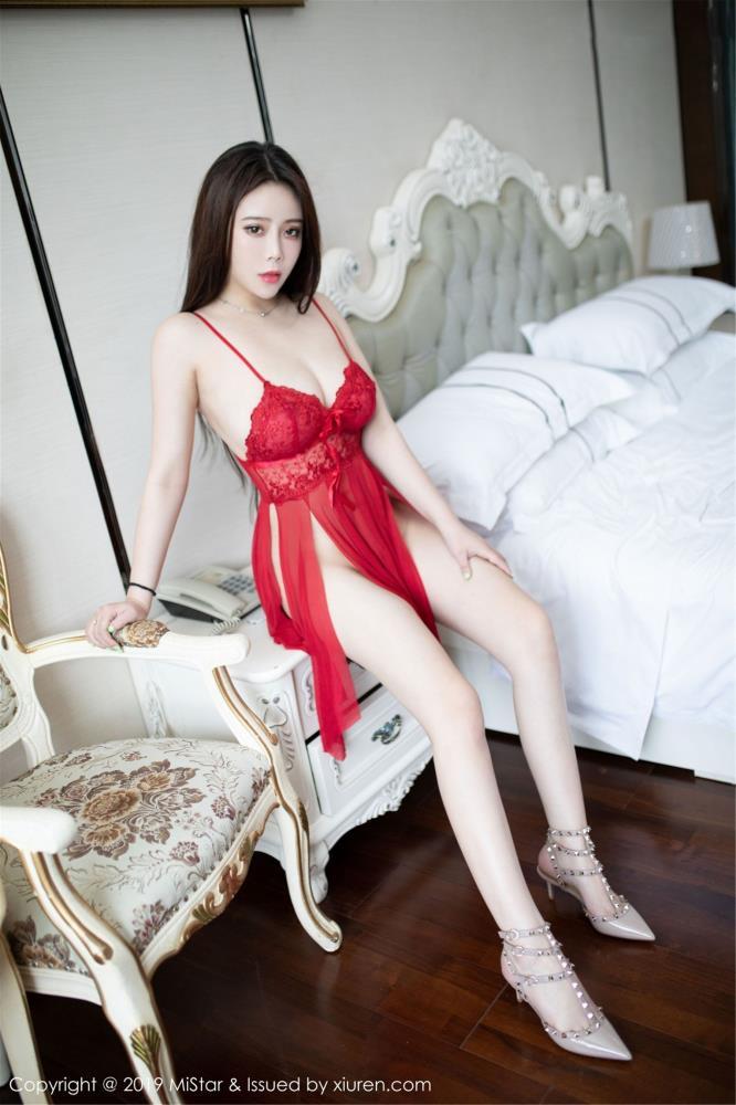 Miki兔白嫩巨乳尤物真空情趣内衣诱惑 魅妍社无圣光写真集