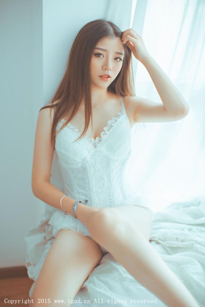 程彤颜清纯MM性感内衣美女诱惑 [TGOD推女神]颜值控美女写真集