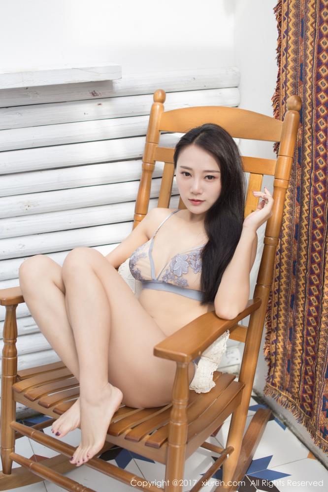 秀人网模特何嘉颖@猩一内衣美女性感白嫩修长美腿诱惑私房高清大图
