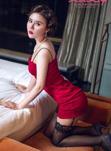 [头条女神TouTiao]模特爱丽莎夜上海主题旗袍美女性感黑丝诱惑写真照