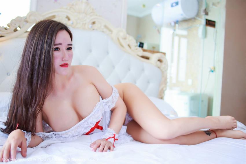 [YOUWU尤物馆]王紫琳性感的蕾丝护士制服美女诱惑大尺度