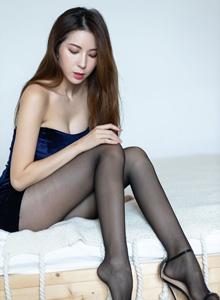气质美女性感黑丝美腿私房魅惑 - [IMiss爱蜜社]陈良玲黑丝美女写真