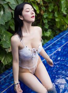 性感比基尼美女小热巴身材诱人 - [XIAOYU语画界]小热巴泳装美女湿身写真