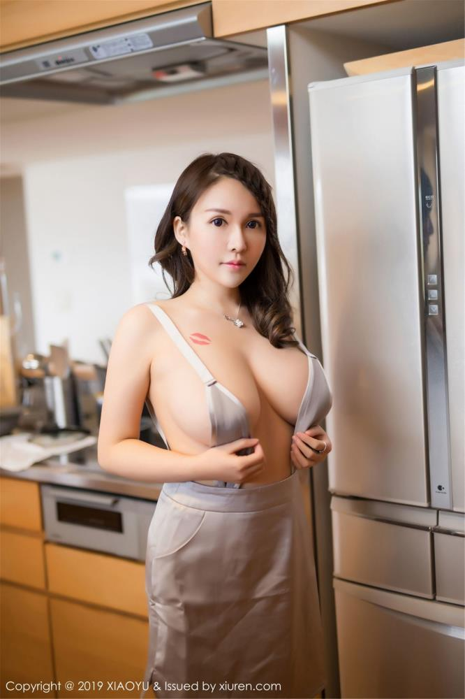 性感美女魅惑丰满巨乳MM写真 - [XIAOYU语画界]女神沈蜜桃miko日本旅拍写真