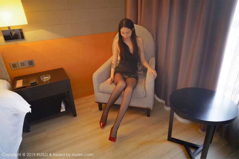 白沫 - [RUISG瑞丝馆]Vol.060模特超性感丝袜黑丝美腿私房写真照