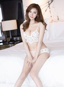 Cccil - [IMiss爱蜜社]Vol.361极品女神修长美腿丝袜美腿美女写真