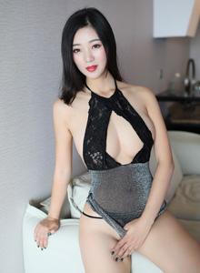 宋-KiKi《一如既往的性感火辣》 [秀人XIUREN] No.1189 写真集