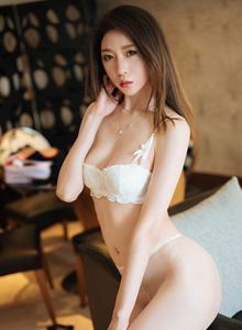 梦心玥[花漾HuaYang] - 性感丝袜美女修长笔直美腿美女私房写真集