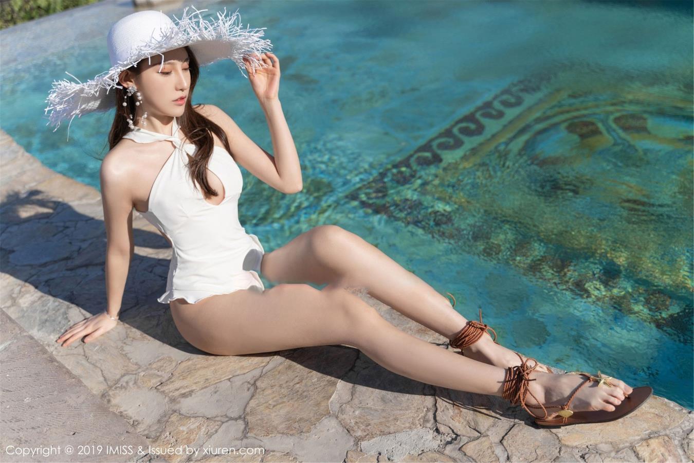 刘奕宁Lynn爱蜜社 - 土耳其旅拍美女比基尼泳装诱惑第二套写真发布
