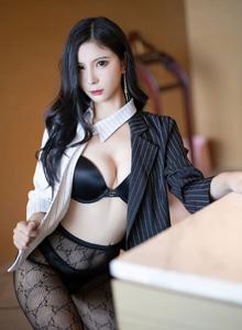 [语画界XIAOYU] VOL.466 小蛮妖Yummy - 职业制服与魅惑网袜