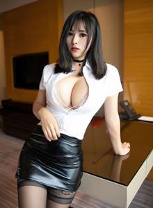 [语画界XIAOYU]奈沐子 - 白衬衫黑皮裙巨乳黑丝美女主题系列套图