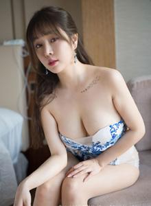 [花漾HuaYang]王雨纯 性感女神巨乳福利诱惑最新套图