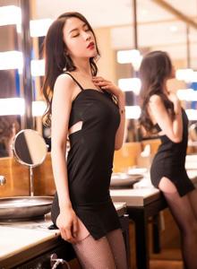 秀人网梦心玥 - 黑色吊裙与魅惑网袜性感诱惑美女套图