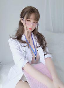 性感御姐护士装诱惑写真 私房无圣光童颜巨乳美女写真套图
