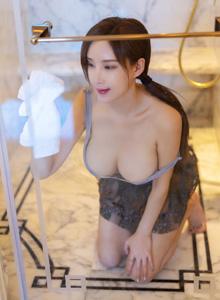 [秀人XIUREN]奶瓶土肥圆矮挫丑黑穷 - 巨乳美女湿身诱惑美女套图